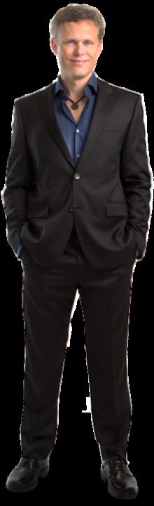 AJ-Hoge-standing